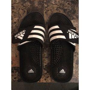 Men's Adidas Slides (Size 9)